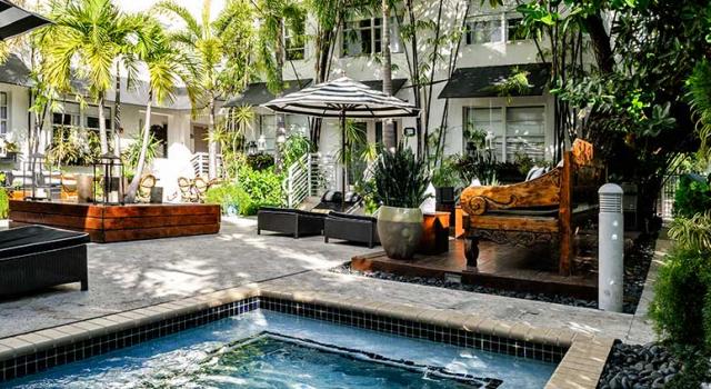 Courtyard at Metropole South Beach