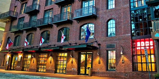 4 Star The Bohemian Hotel Savannah Riverfront For 159