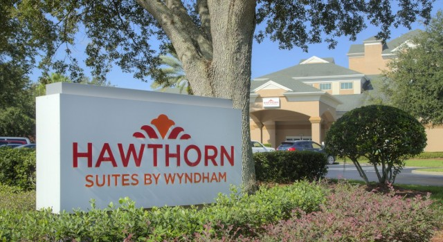Hawthorn Suites by Wyndham Lake Buena Vista - exterior view