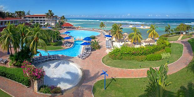 Holiday Inn Resort Montego Bay - pool and beach