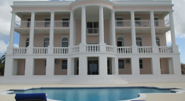 Ocean West Boutique Hotel in Nassau
