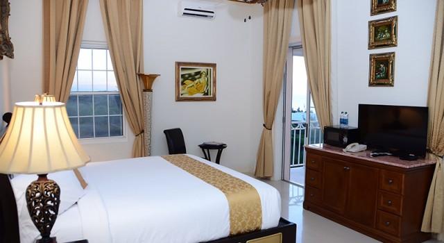 Guest room at Ocean West
