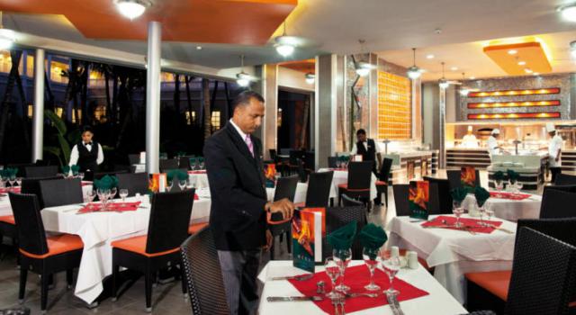 Restaurant at Hotel Riu Naiboa