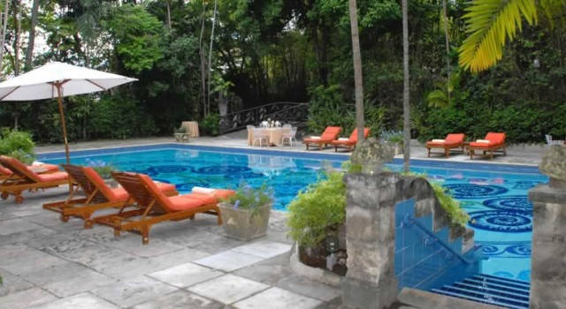 Pool and garden at the Graycliff hotel