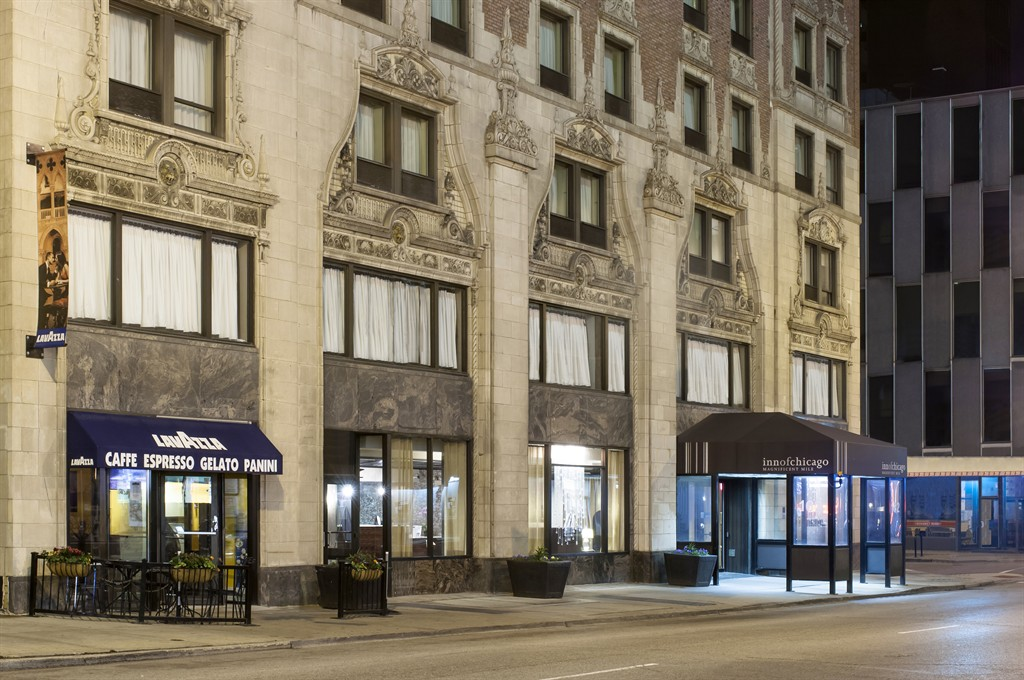 Inn of chicago magnificent mile hotel on sale from 117 for Hotel chicago hotel
