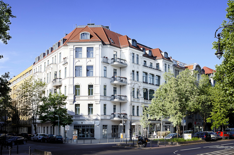 All suites luisas place boutique hotel in berlin for 195 for The boutique place hotel