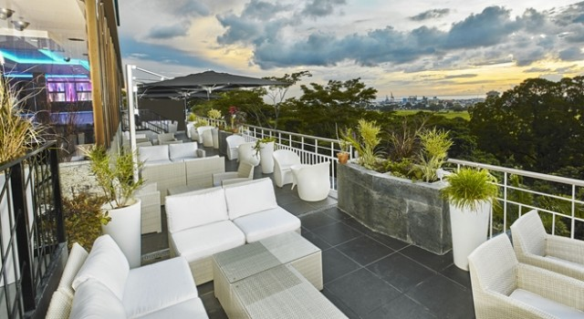 Outdoor dining at Hilton Trinidad and Conference Centre