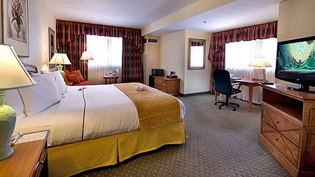 Guest room at The Allure Resort Orlando