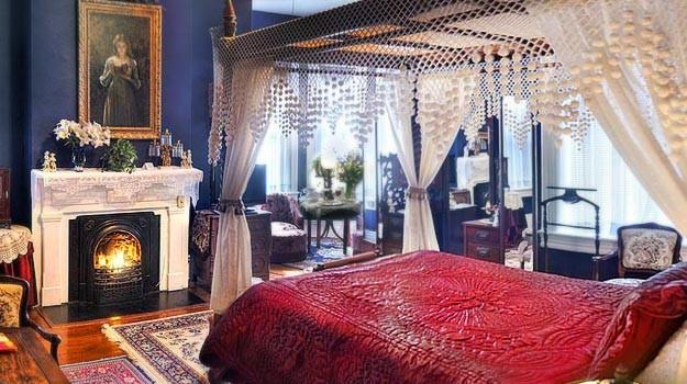 Guest room at McMillan Inn in Savannah
