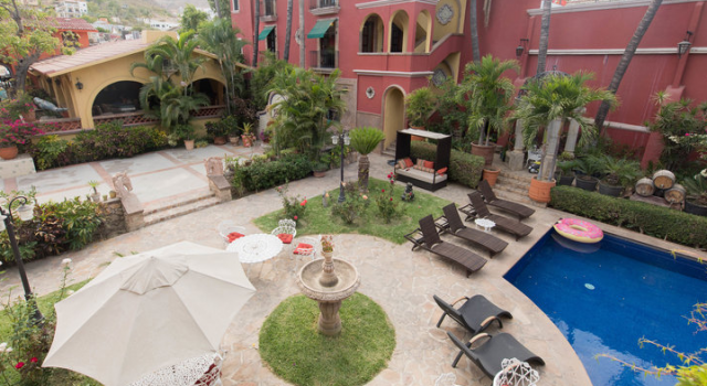 Courtyard at the Casa Bella Boutique Hotel