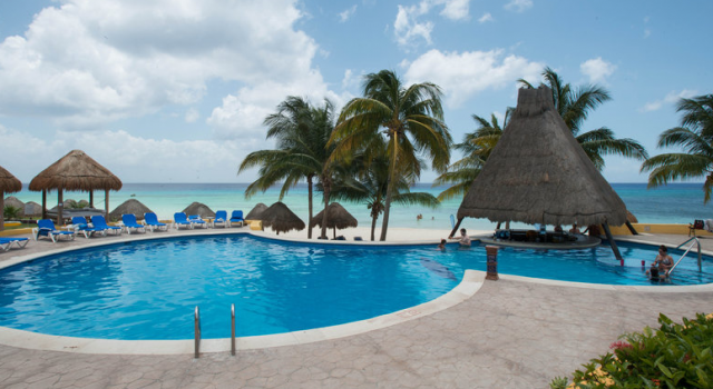 Pool at Melia Cozumel Golf
