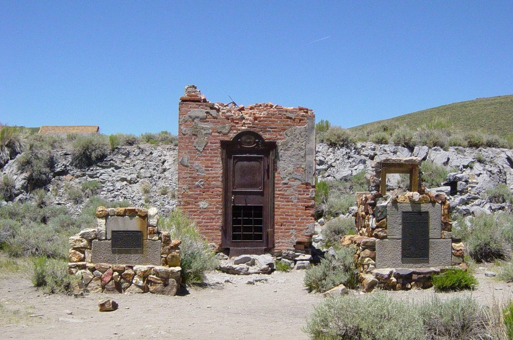 bodie the ghost town Bodie is a ghost town located in in california that was once a booming mining town.